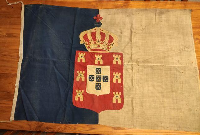 Bandeira bordada Monarquia Portuguesa de grande formato - Peça Museu