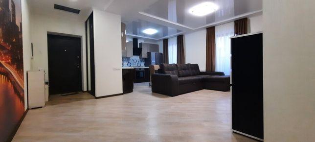 Продаж 3-к квартири у новобудові з евроремонтом та меблями.