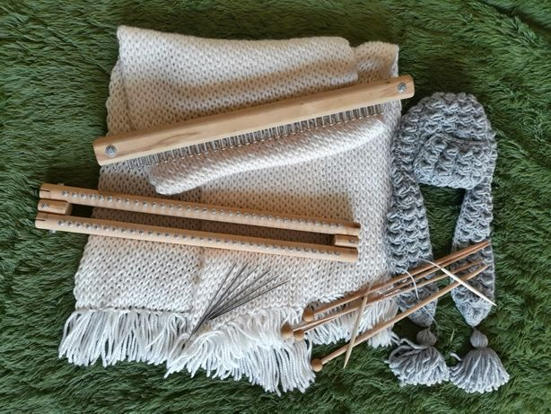 Спицы вязальные. Станки для вязания.