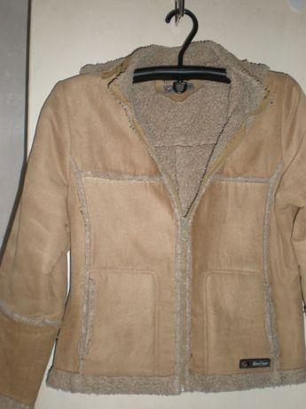 Куртка бежевая на меху,замш.