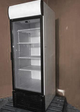 Холодильна дводверна шафа. Вітринний холодильник. Гарний стан 650л
