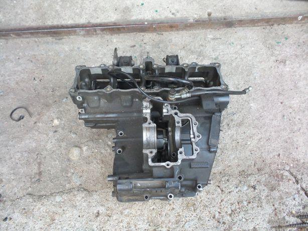 Suzuki gsxr 750w kartery połówki blok silnika