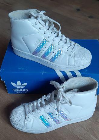 Białe buty Adidas rozmiar 40