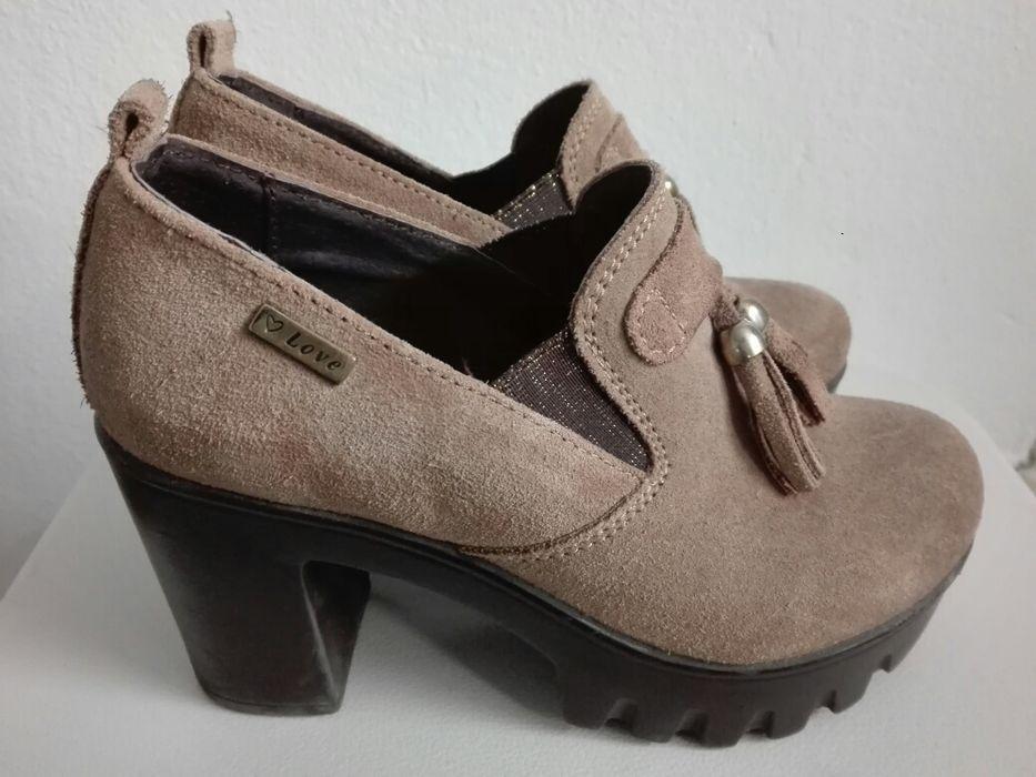 Sapatos em tom creme Beja (Salvador E Santa Maria Da Feira) - imagem 1