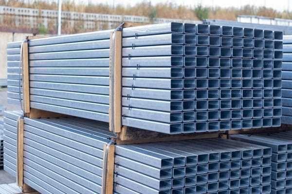 Słupek ogrodzeniowy panelowy ocynk. 60x40 mm H2200