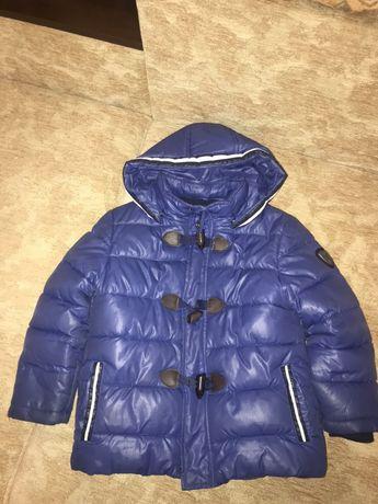 Продам куртку Mayoral 110см