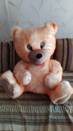Большой медведь 700 рублей