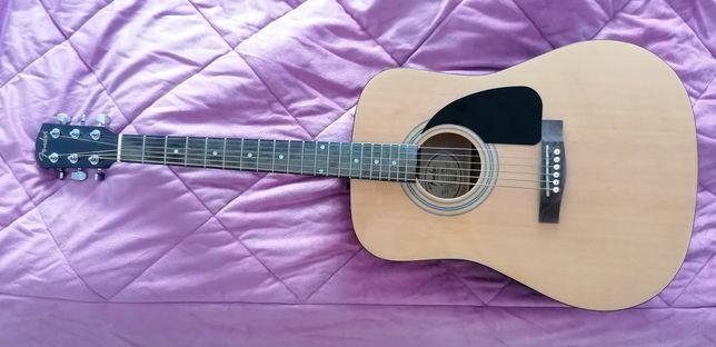 Guitarra acústica e guitarra electrica