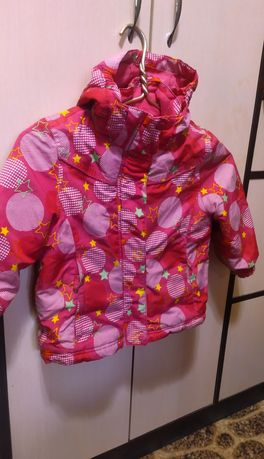 Демисезонная курточка 104 размер,3-4 года