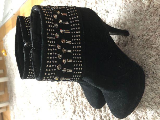 Buty szpilki botki od zara z  40