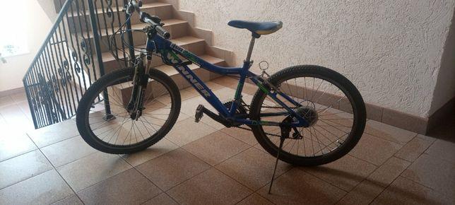 Велосипед горний з алюм. рамою віннер 22 колеса
