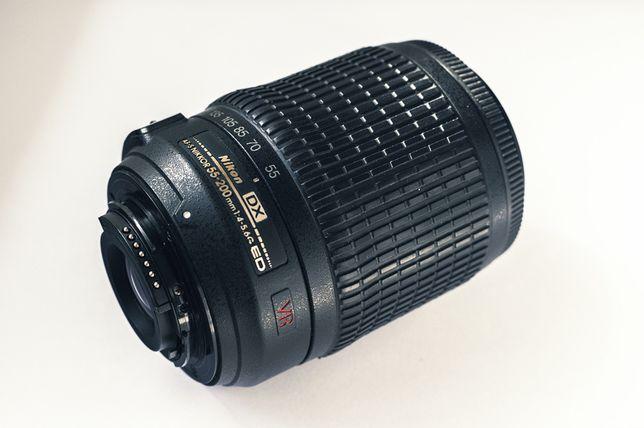 Объектив Nikon DX AF-S 55-200mm f/4-5.6G VR