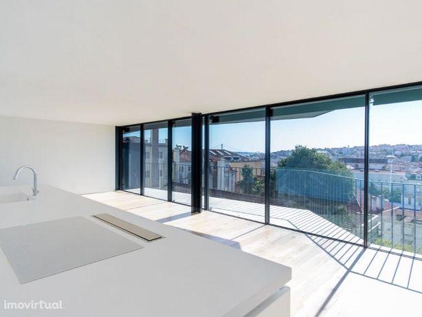 Apartamento T2 com Vista Cidade no Príncipe Real, Lisboa