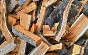 Дрова колотые сосновые с доставкой по Киеву и области