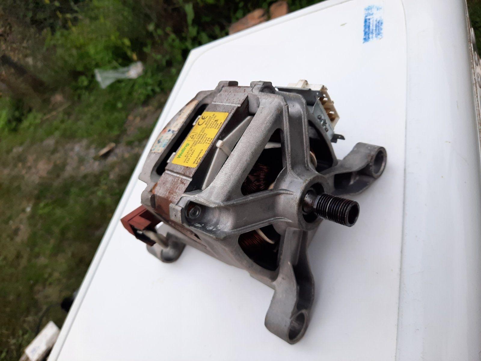 Мотор до пральної машинки indesit