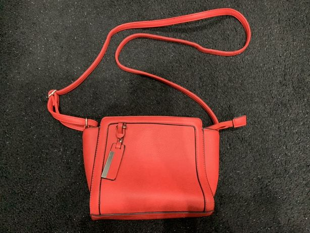 Nowa czerwona torebka torebeczka