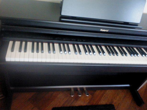 Pianino Roland HP 2E