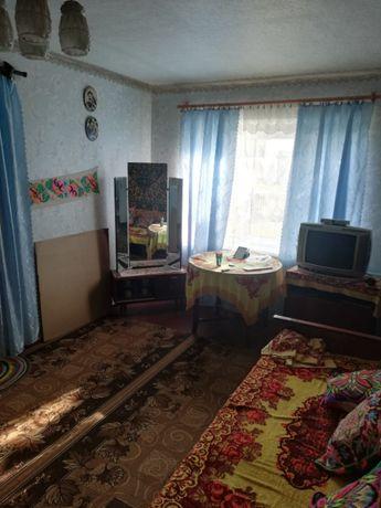 Продам 3х комнатную квартиру с летней кухней и гаражем