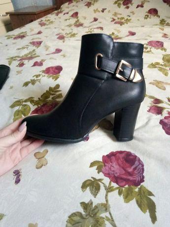 Женские ботинки обувь туфли