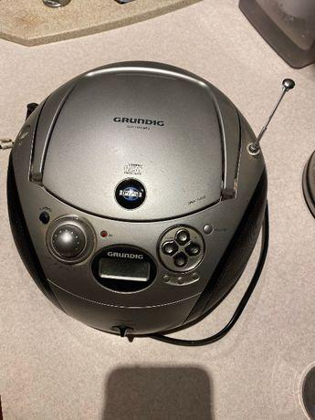 radio Grundig z płytą CD