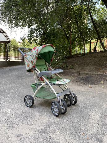 Прогулочная коляска Geoby C819R02-WMDL, бело-салатовый с цветочками