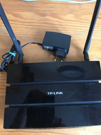 Router TP-LINK model TL-WDR3600