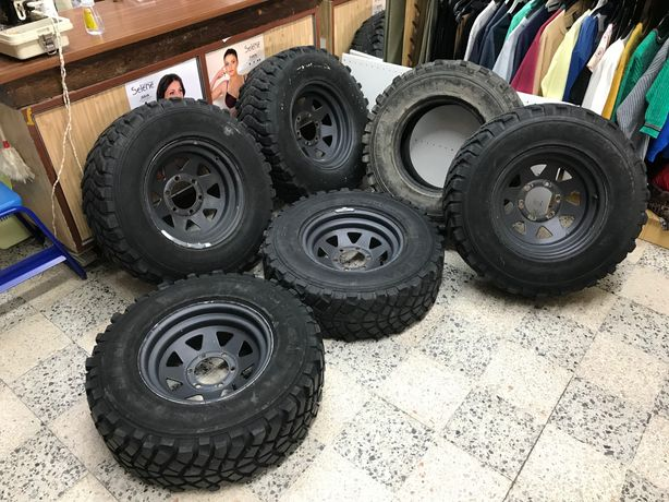 5 Jantes Japonesas R15 com 6 furos, 6 pneus 235/75