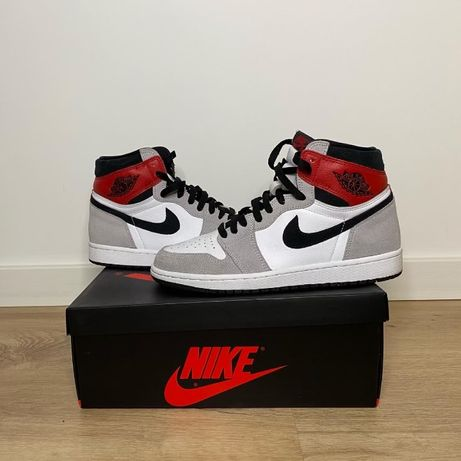 Nike Air Jordan 1 Retro High Light Smoke Grey