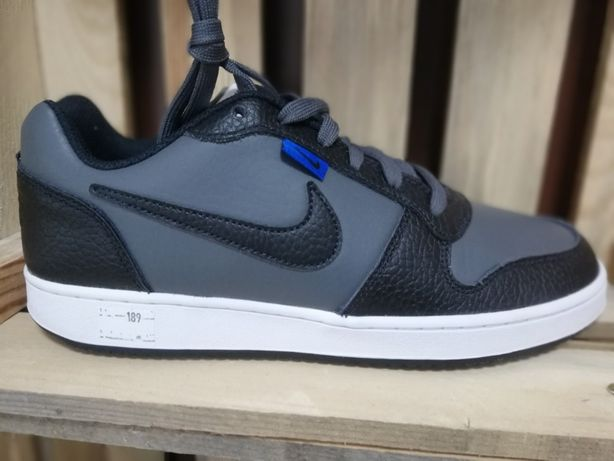 Obuwie nowe oryginalne Nike rozmiar 42 Okazja