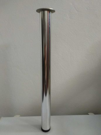Pé alto para mesa - cromado - ajustável - com 60 mm de diâmetro