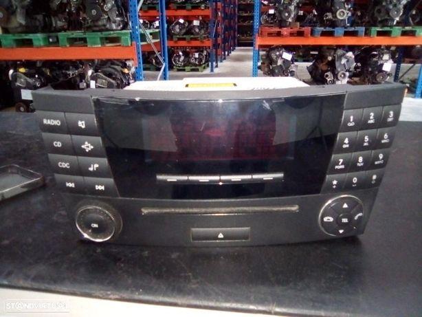 Radio CD Mercedes W211 A2118705089