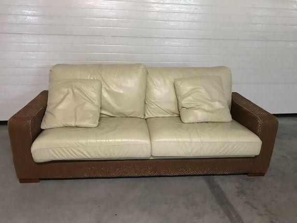 Sofá pele de sala 1,60x90x90 e 2,10x90x90