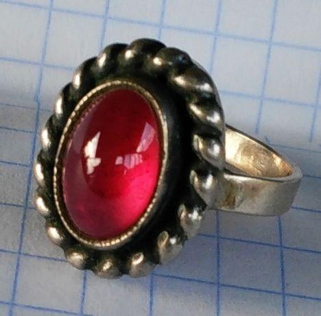 Кольцо советское с рубином Серебро 916 звезда