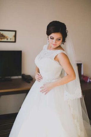 Свадебное платье-Fara Sposa.Покупали за 25 тыс.