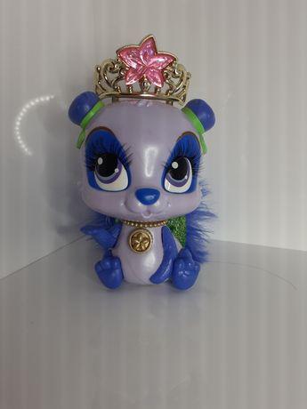 Szaro-niebieska panda
