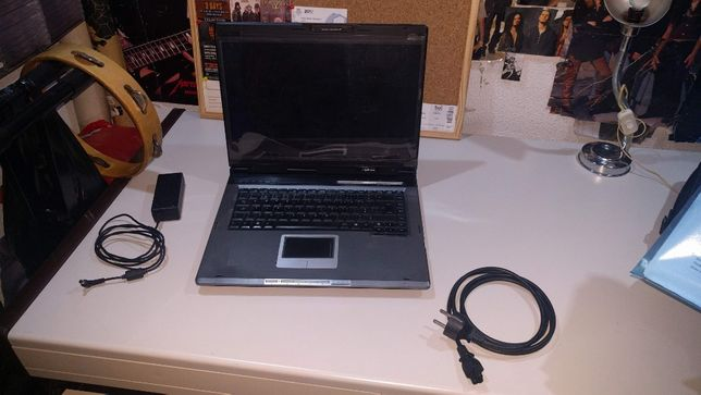 Computador portátil Asus A6va [não faz reboot]