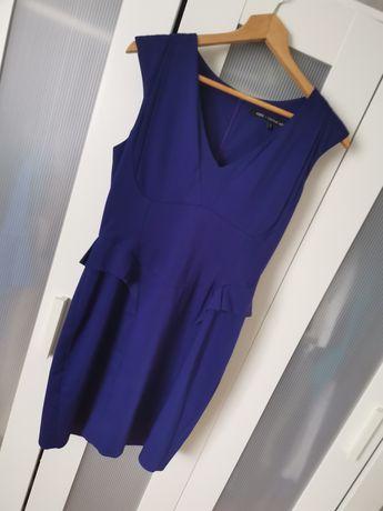 Piękna sukienka Oasis 38