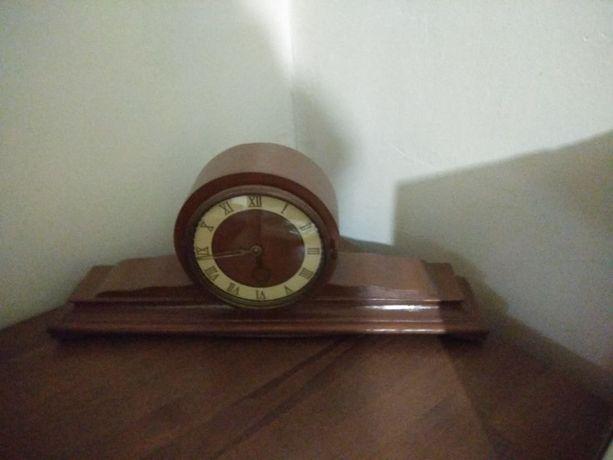 часы антикварные каминные настольные
