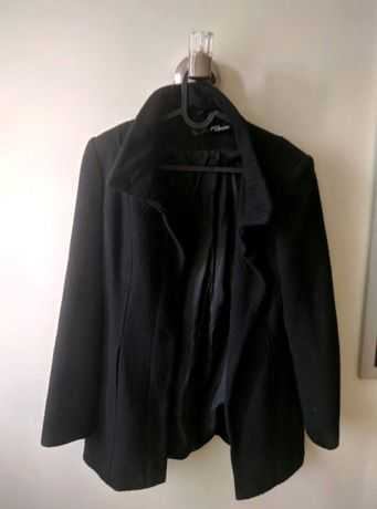 Czarny, krótki płaszcz damski Jane Norman (S)