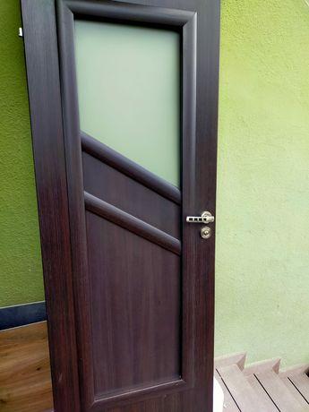 Drzwi łazienkowe, lewe 80