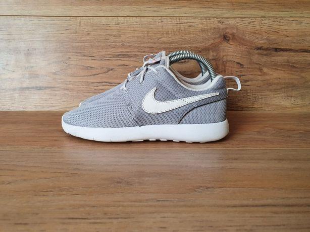 Nike 34 adidas reebok