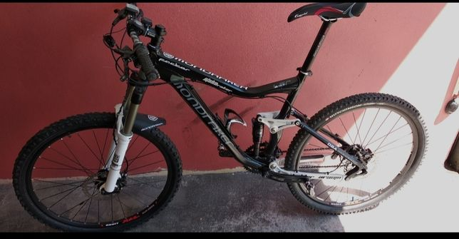 Bicicleta Mondraker Factor
