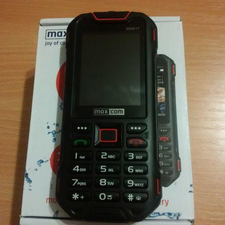 Odporny na kurz, wodę Maxcom Strong MM917 3G IP 68 nieużywany