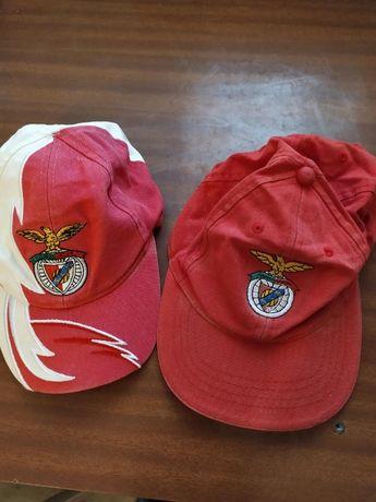 Conjunto de 3 bones do Benfica de criança