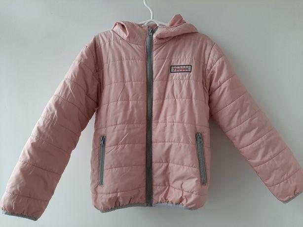 Демисезонная куртка 140р