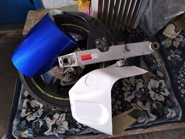 Заглушка сиденья ,маятник с диском,хагер suzuki gsx k1-3 600-1000