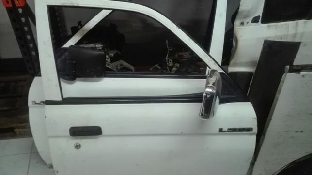 Portas Mitsubishi L200