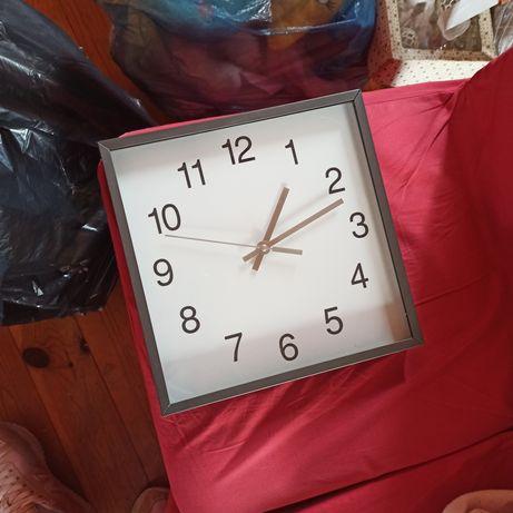 Zegar kwadratowy ciemno szary