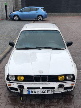BMW E30! 325 m20b25 чип! ГУР! Купе! Кожа!