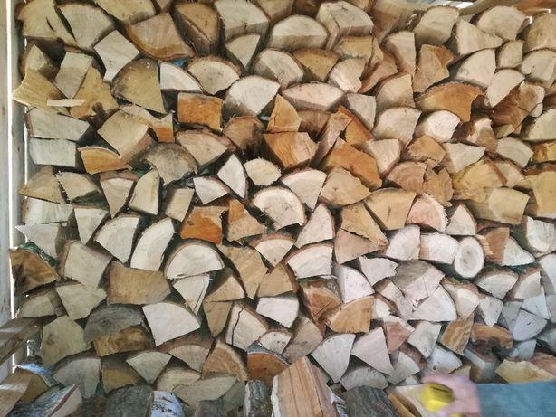 Piękne drewno pociete porombane kominkowe